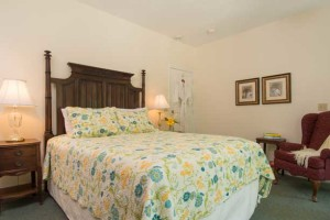 Carriage House Suite 3